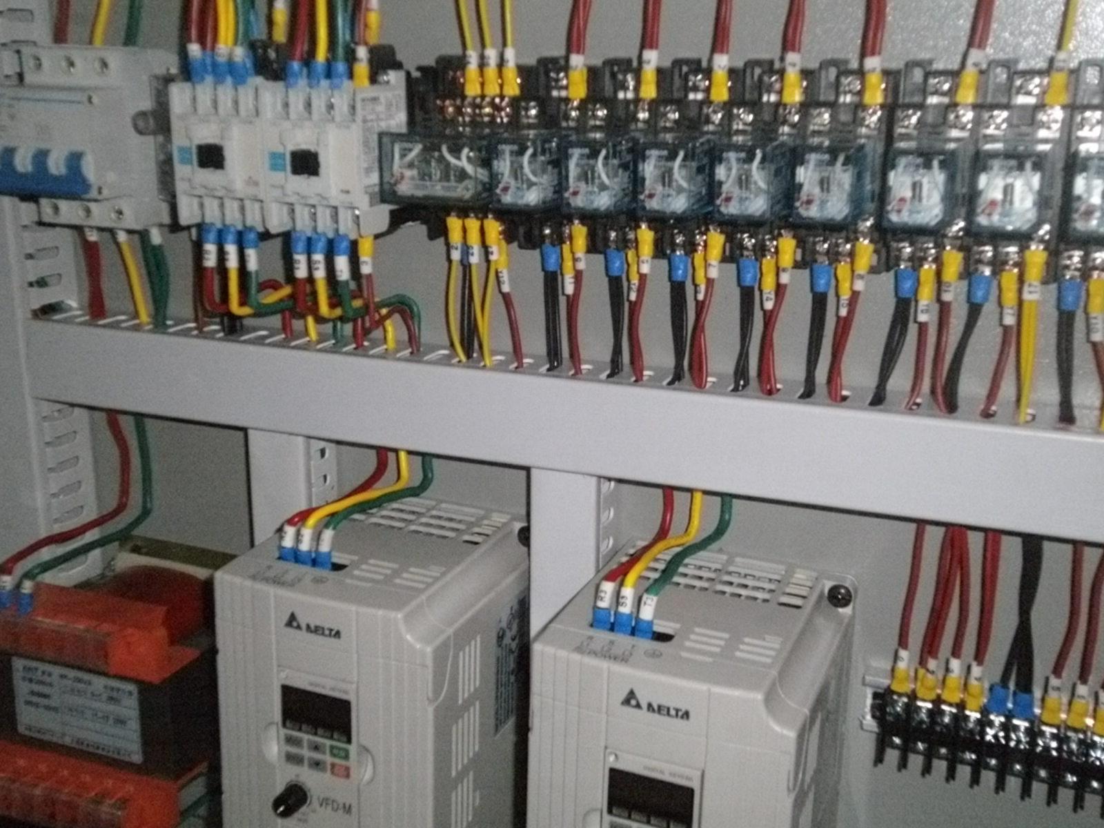实验室配电系统设计